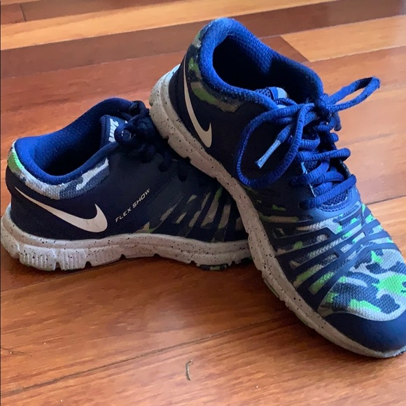 Nike Other - Light weight Russel Wilson Boys Nike Shoes